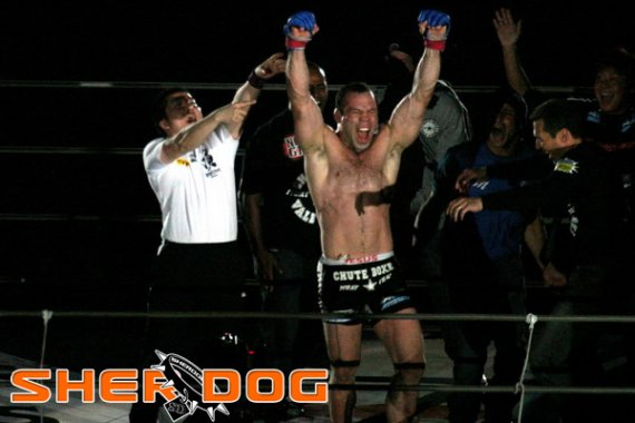 Wanderlei Silva Recalls Being Knocked Out by 'Krazy Horse' Before Pride Bout in 2005